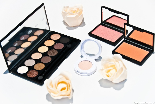 sleek-i-divine-au-naturel-palette-und-blushes