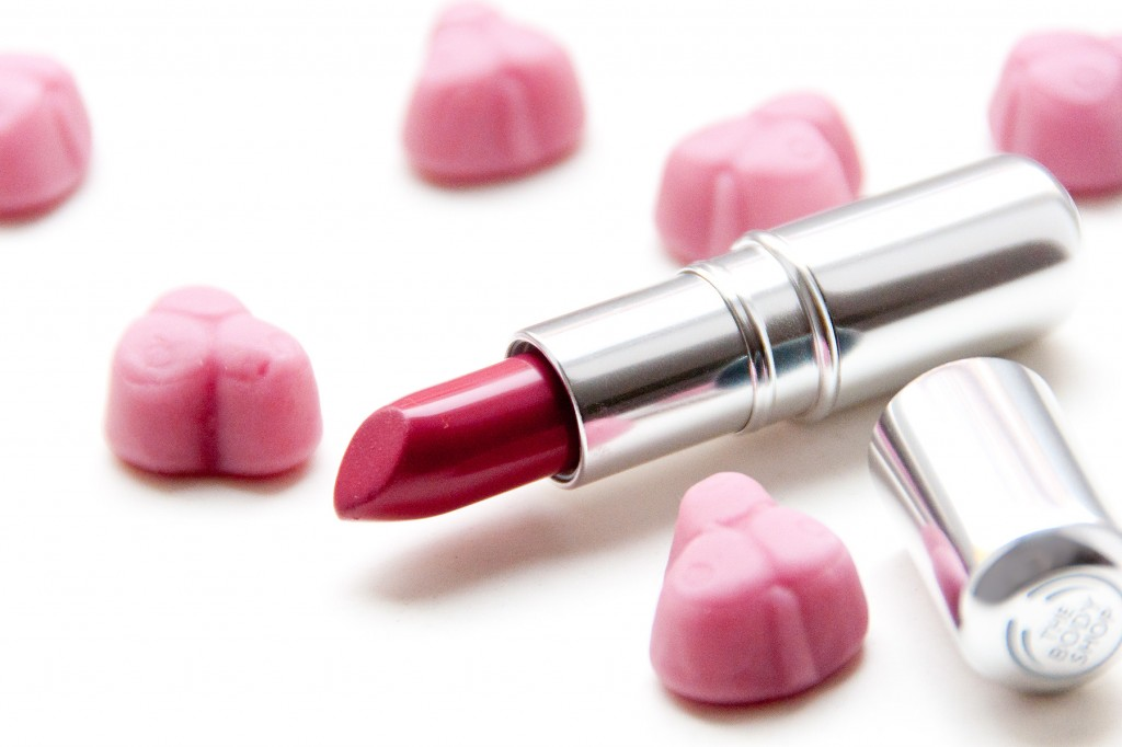 The-Body-Shop-Colorglide-Lipstick