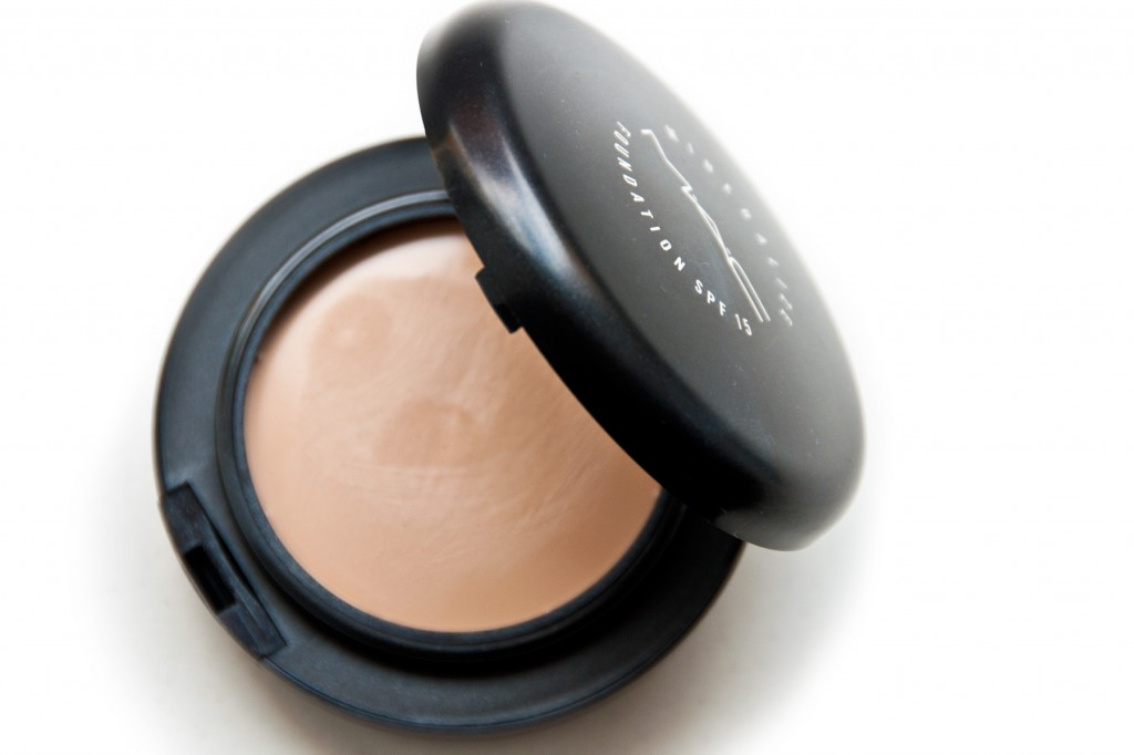 Lieblinge-MAC-Mineralize-Foundation