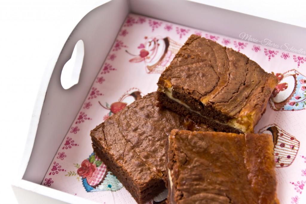 Cheesecake-Brownies-1