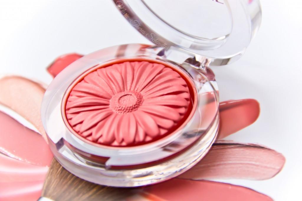 Clinique-Peach-Pop-Blush-01