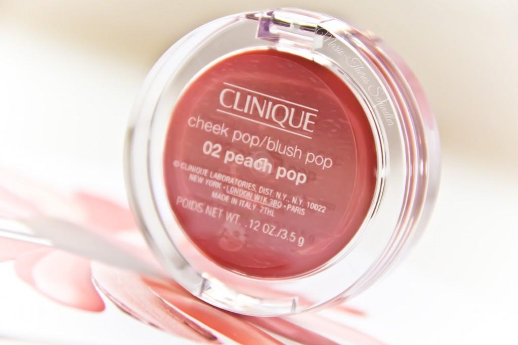Clinique-Peach-Pop-Blush-02