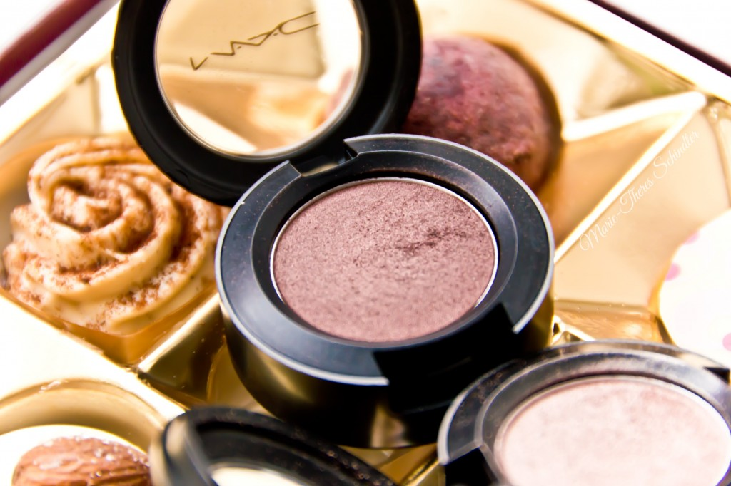 Mac--Twinks-und-All-that-Glitters-AMU-05