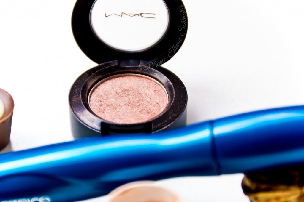 Mac--Twinks-und-All-that-Glitters-AMU-09