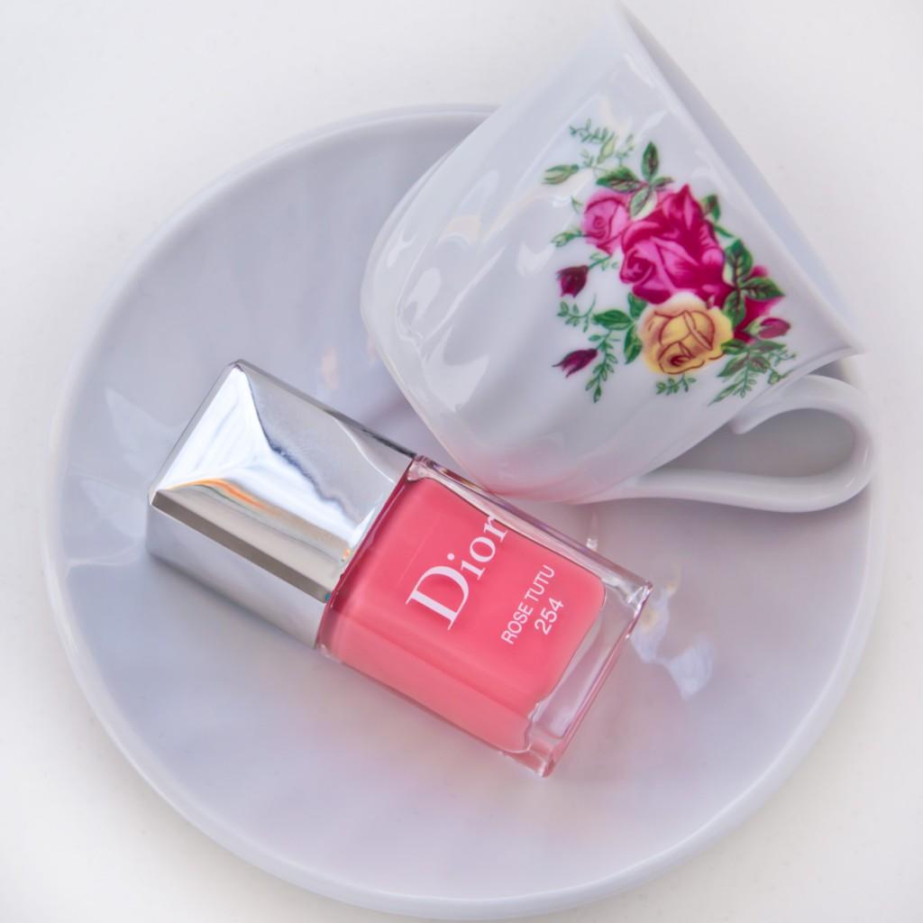 Dior-Fall-Rose-Tutu-01