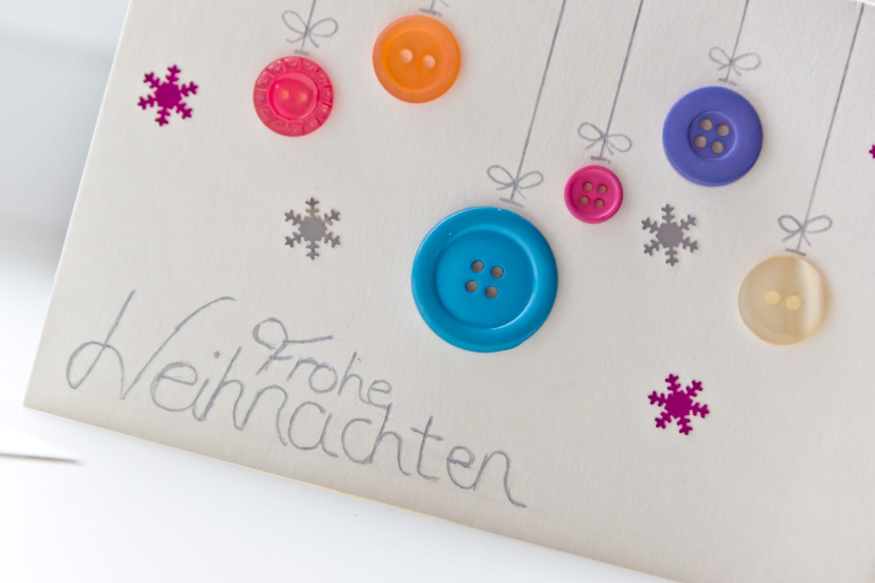 Weihnachtskarten Mit Knöpfen.Adventskränzchen Diy Weihnachtskarten Marie Theres Schindler