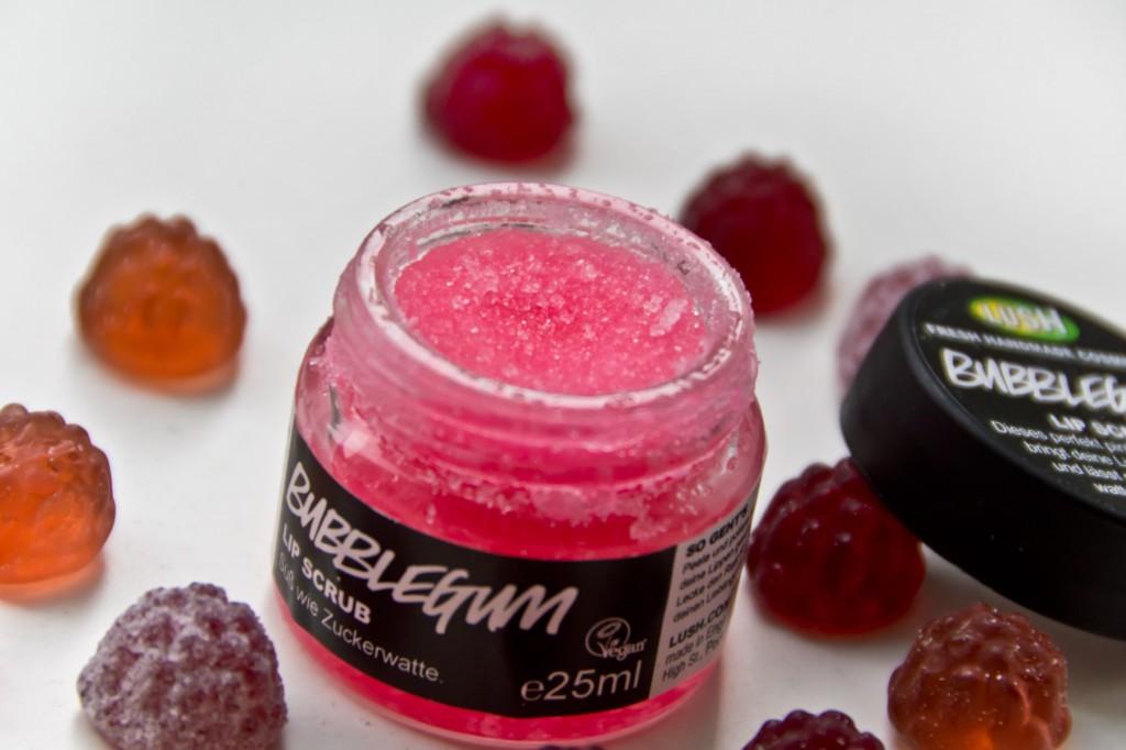 Lush-Bubble-Gum-Lippenpeeling-Scrub-05
