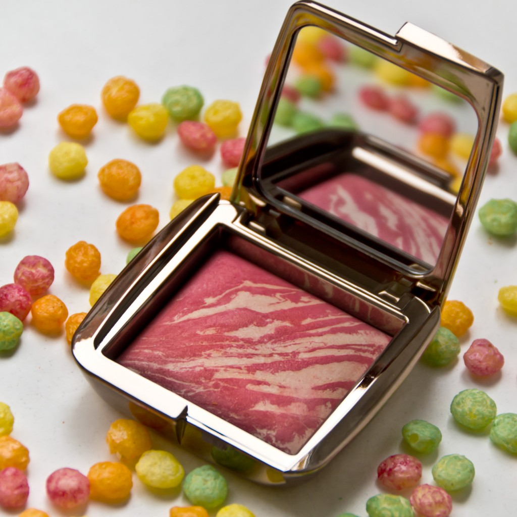 Hourglass-Ambient-Powder-Blush-06