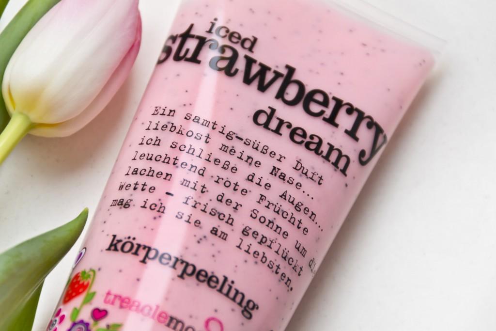 Treaclemoon-Strawberry-Peeling-03