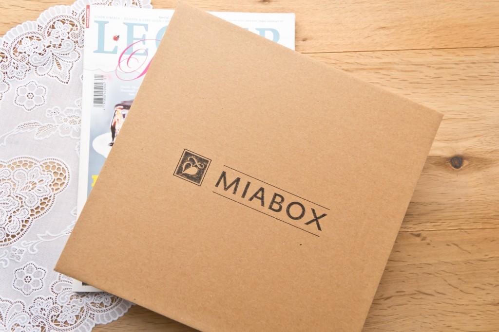 Miabox-April-02
