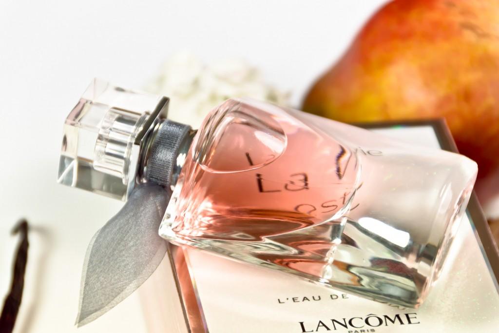 Lancome-La-vie-est-belle-10