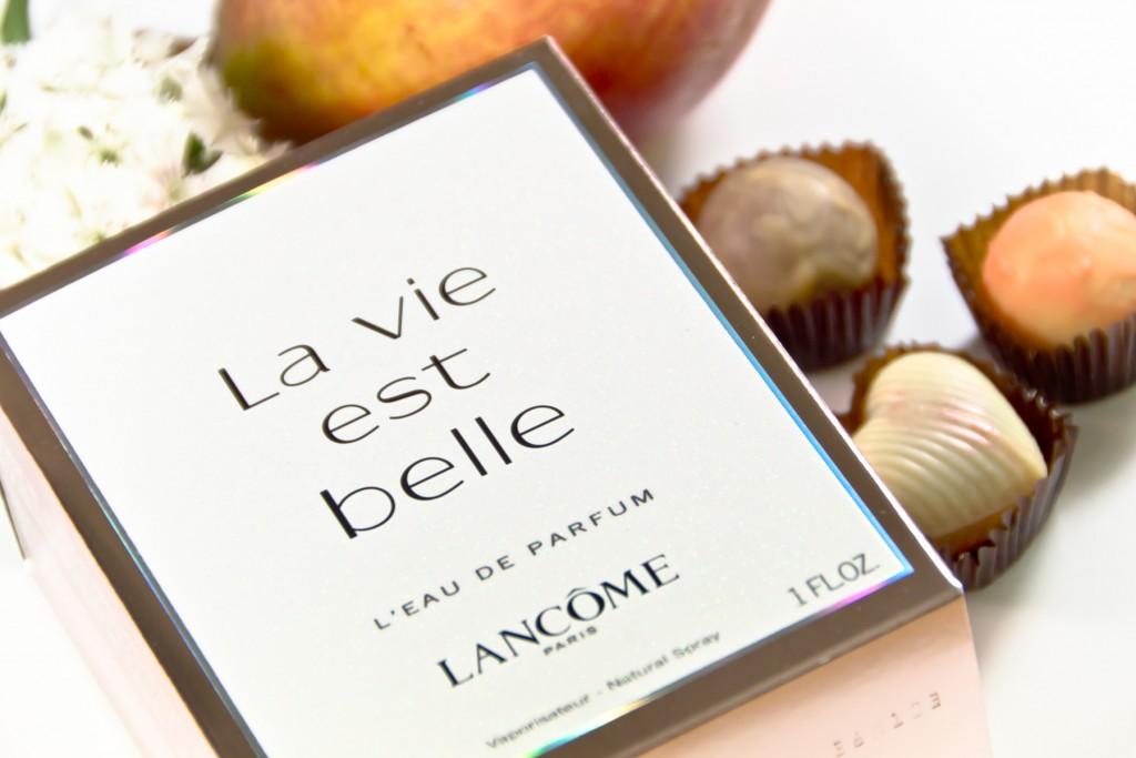 Lancome-La-vie-est-belle-11