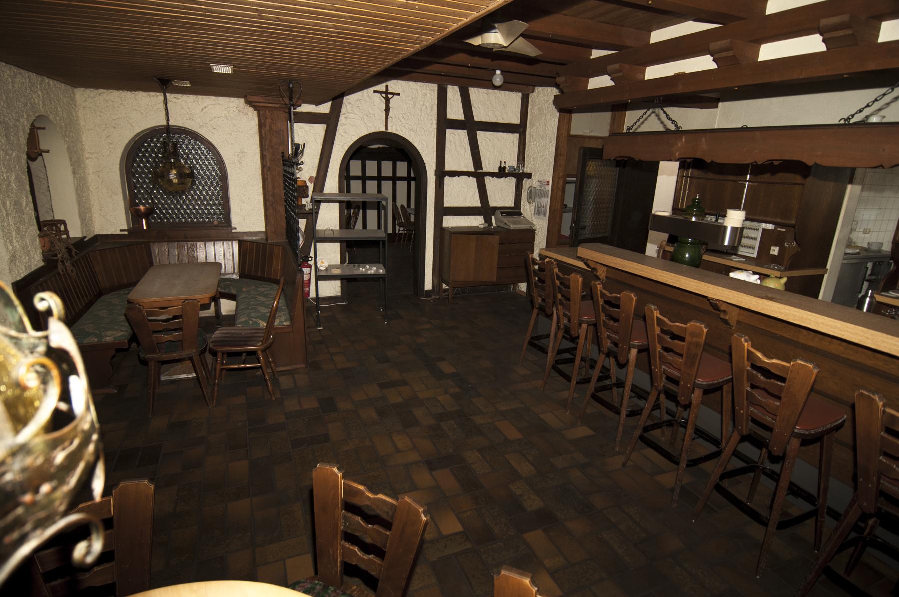 Keller renovieren vorher nachher  Vom Hotelzimmer zum Wohnzimmer - meine Wohnung im Vorher-Nachher ...