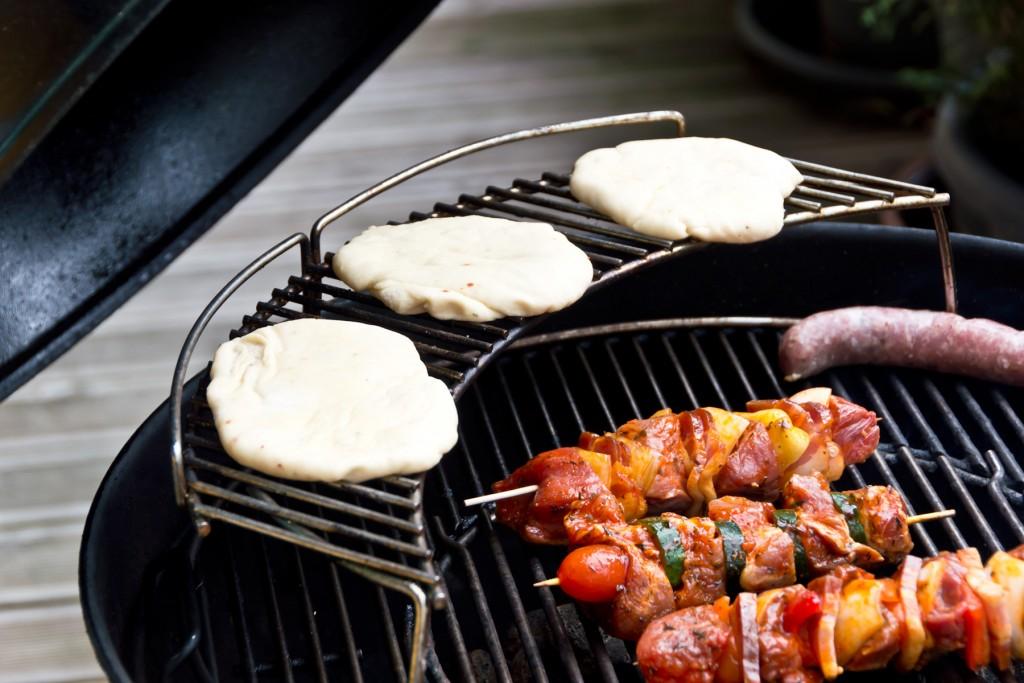 Pita-Brot-selbermachen-grillen-01