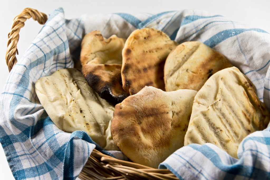 Pita-Brot-selbermachen-grillen-02