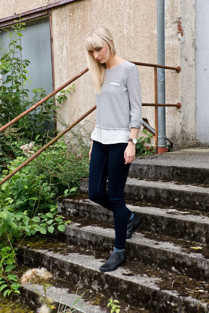 Stripes-Leather-Herbstoutfit-04