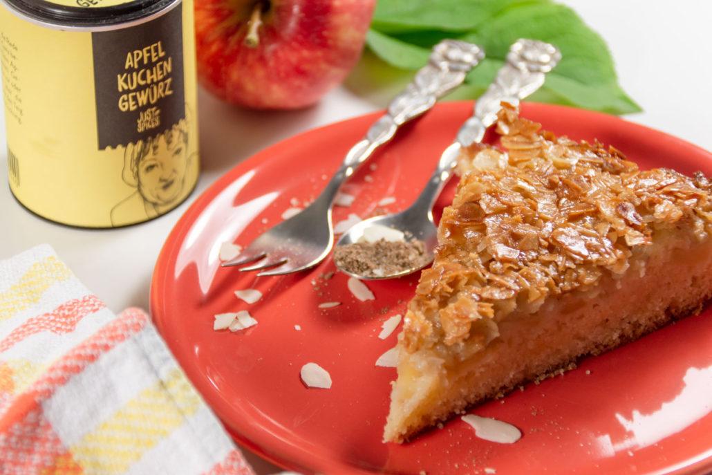 Bienenstich mit Apfel