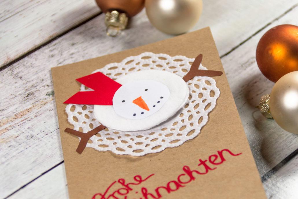 Adventskränzchen Weihnachtskarte Schneemann basteln